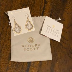 Kendra Scott Addie earring NWT